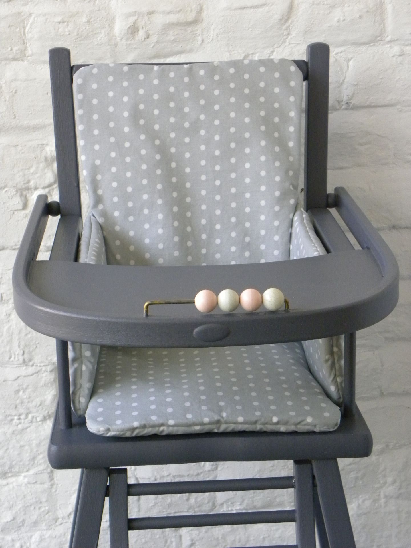 relooking chaise haute all about baby s pinterest baby baby deco et baby bedroom. Black Bedroom Furniture Sets. Home Design Ideas