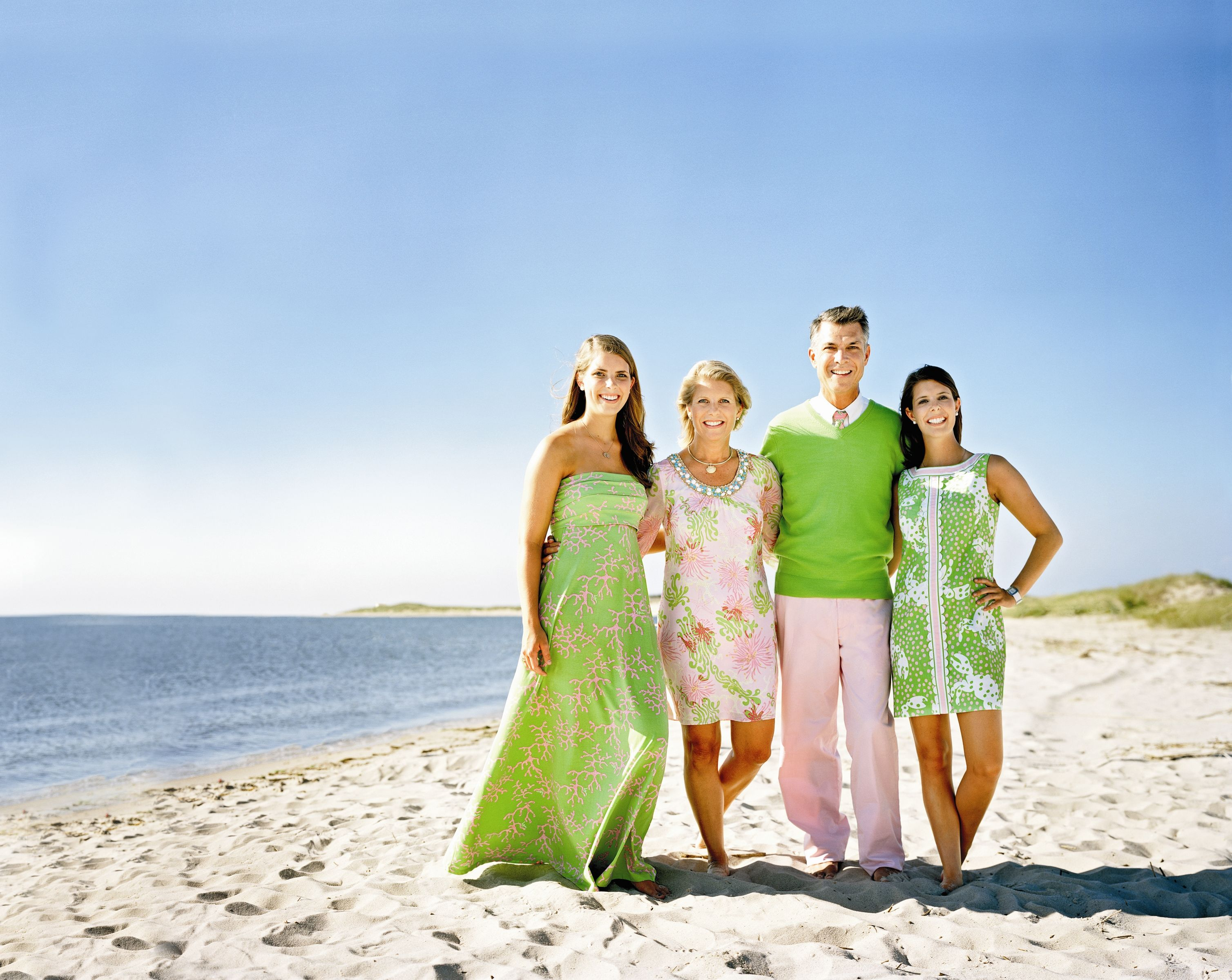 Family Beach Photos What To Wear For Family Pictures On The Beach Here Is Vikki And