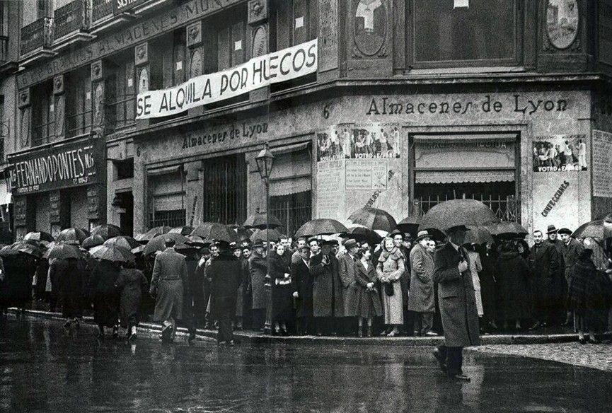 Antigua foto de las elecciones  generales MADRID