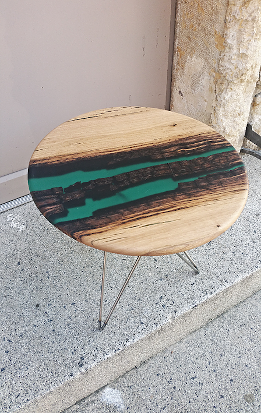 Reclaimed teak wood cracked resin side tables youtube - Beautiful Resin Wood Design Tables