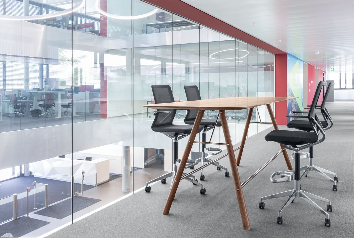 Innenarchitektur Und Möbeldesign table akio design mathias seiler high stool linq design