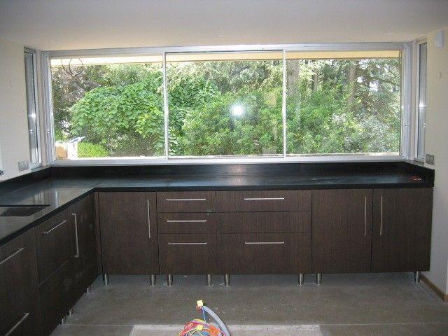 r sultat de recherche d 39 images pour fenetre cuisine. Black Bedroom Furniture Sets. Home Design Ideas