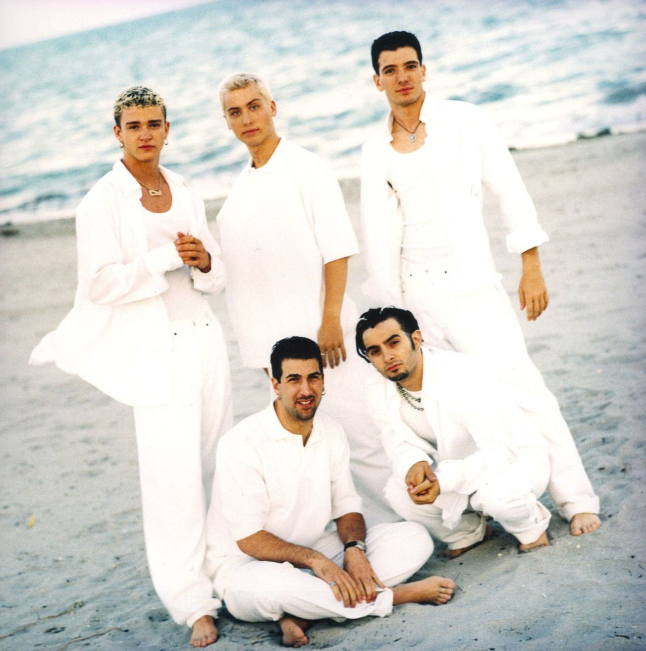 N Sync nos anos 90 look todo branco. | *NSYNC in 2018 | Pinterest ...