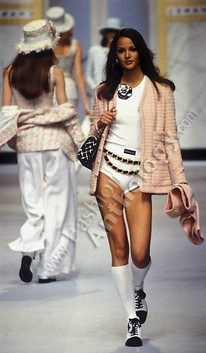 Claudia Mason - CHANEL Couture 1992