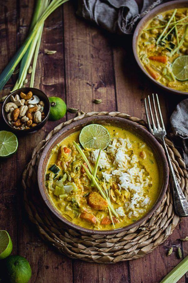 Curry de poireaux, carottes et oignons et pois chiches