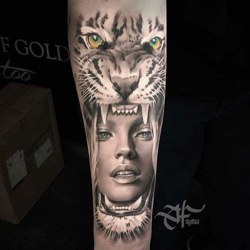 tigerkopf tattoo, bein, beintattoo, rose, frau, schwar weißes foto ... - Tattoo Sleeve Frau