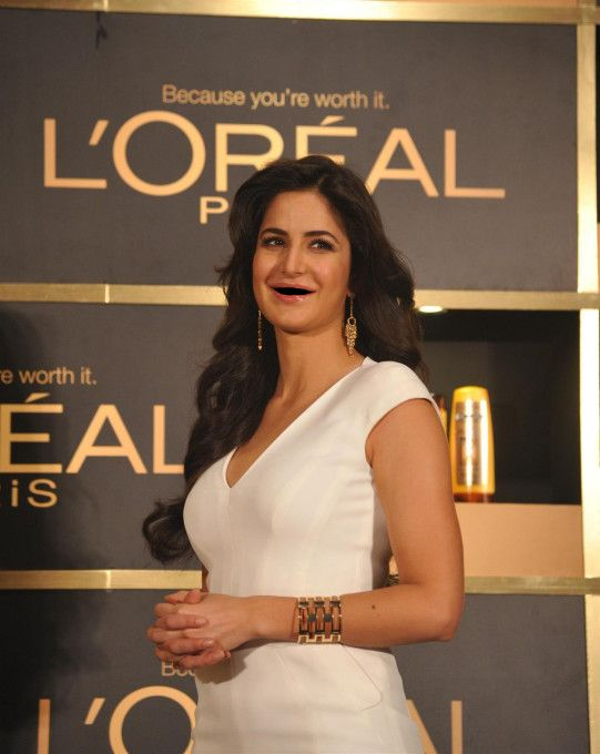 13 Popular Indian Celebrities Without Teeth Katrina Kaif Photo Indian Celebrities Katrina Kaif