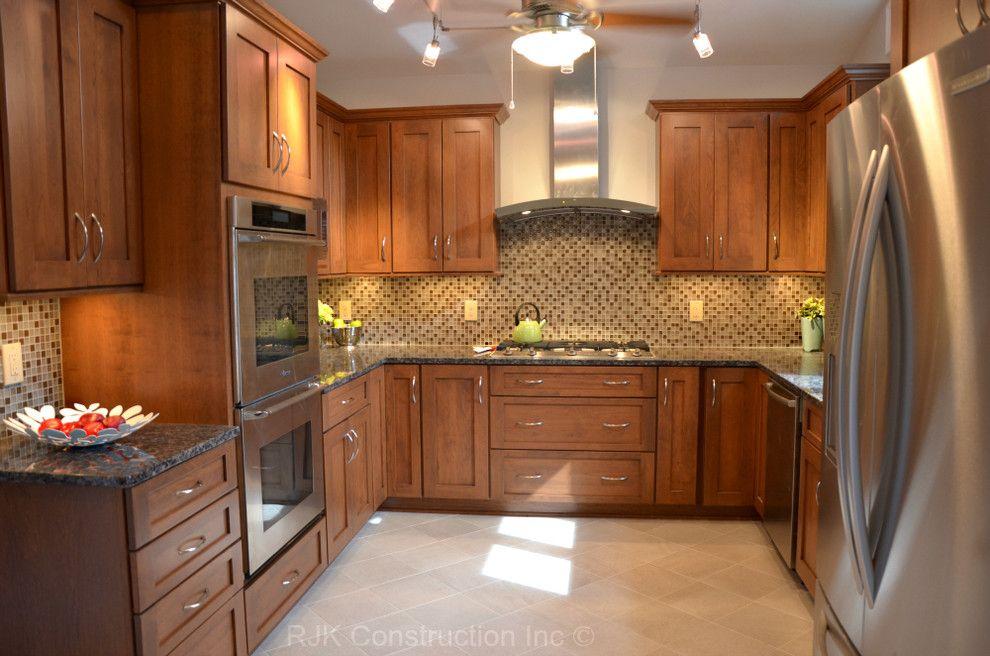 Etonnant Baltic Brown Granite Countertop Kitchen Traditional With Baltic Brown  Granite Bertch