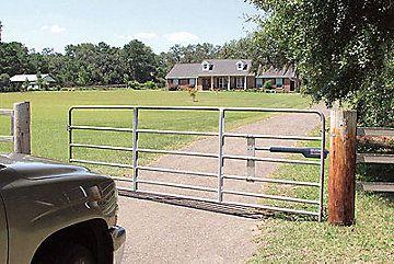 Tractor Supply Co Driveway Gate Diy Driveway Gate Farm Gate