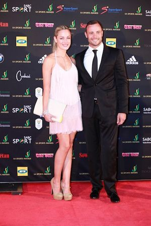 Famous South African athelete shoots girlfriend dead - http://theeagleonline.com.ng/news/famous-south-african-athelete-shoots-girlfriend-dead/