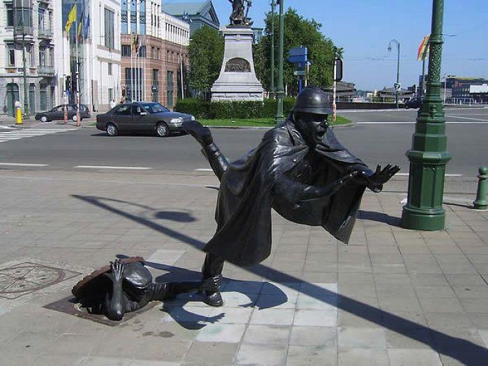 Praça Sainctelette – Bruxelas, Bélgica