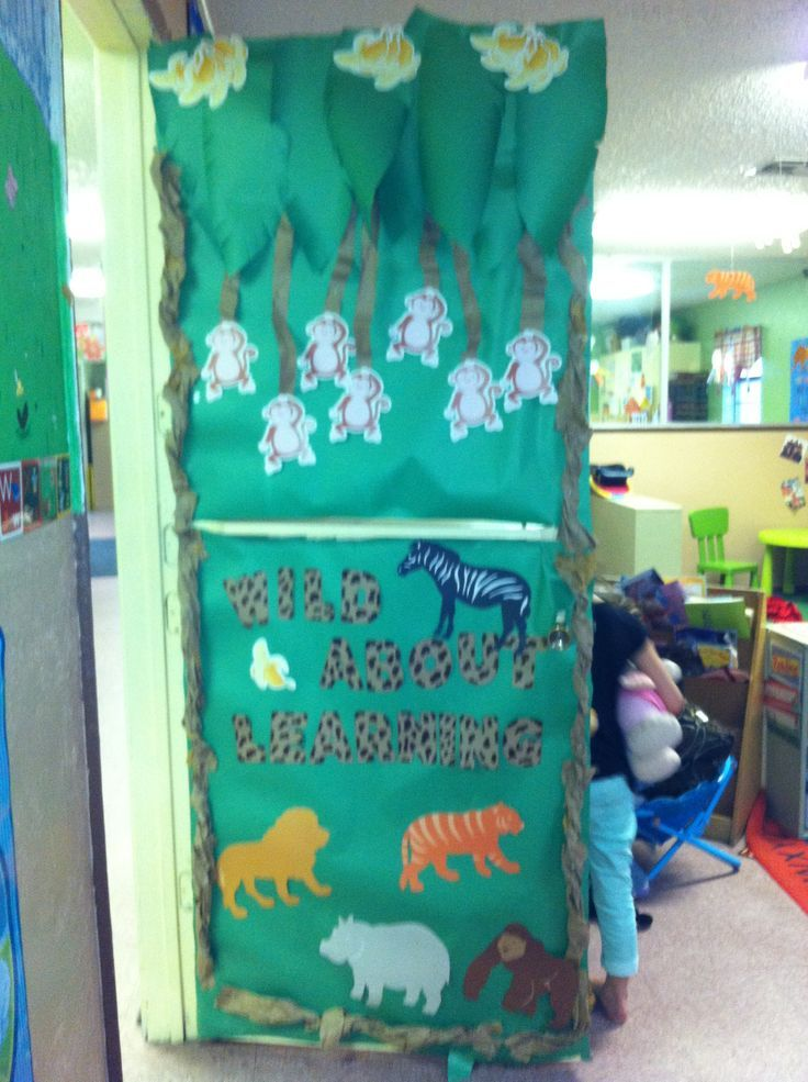 Classroom Zoo Ideas ~ Zoo door decorations is our classroom that went