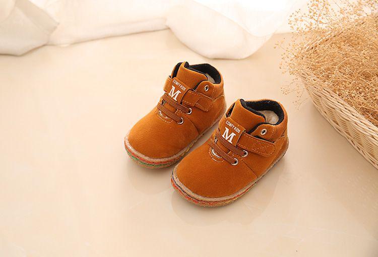 525a1e1a5 Botas de algodão do bebê De inverno De Couro PU Primeiros Caminhantes Tênis  Esportes Sapatos de