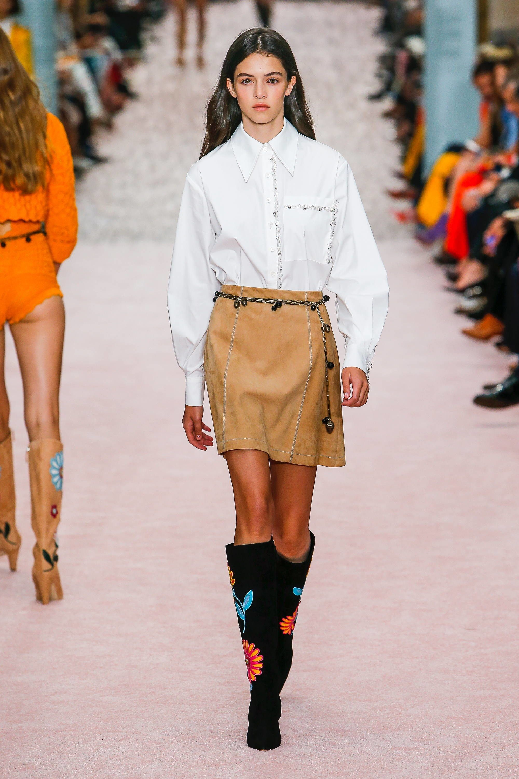 7 Covetable Spring 2019 Runway Inspired Fashions to Snag Up Now