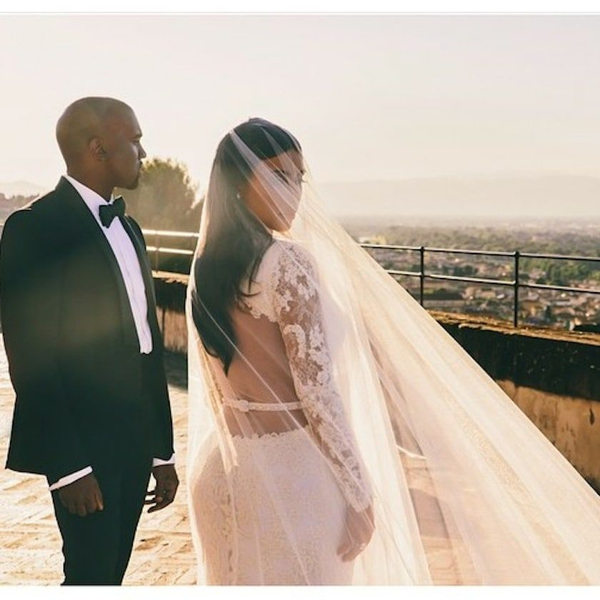 Kim Kardashian Shares Never-before-seen Wedding Photos | Kardashian ...