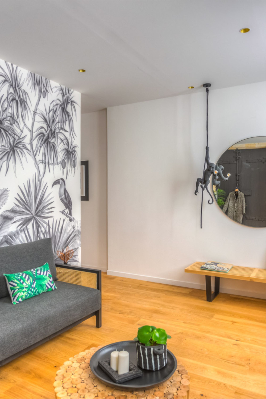 Une Entree En Matiere Jane En 2020 Decoration Maison Decoration Interieure Appartement