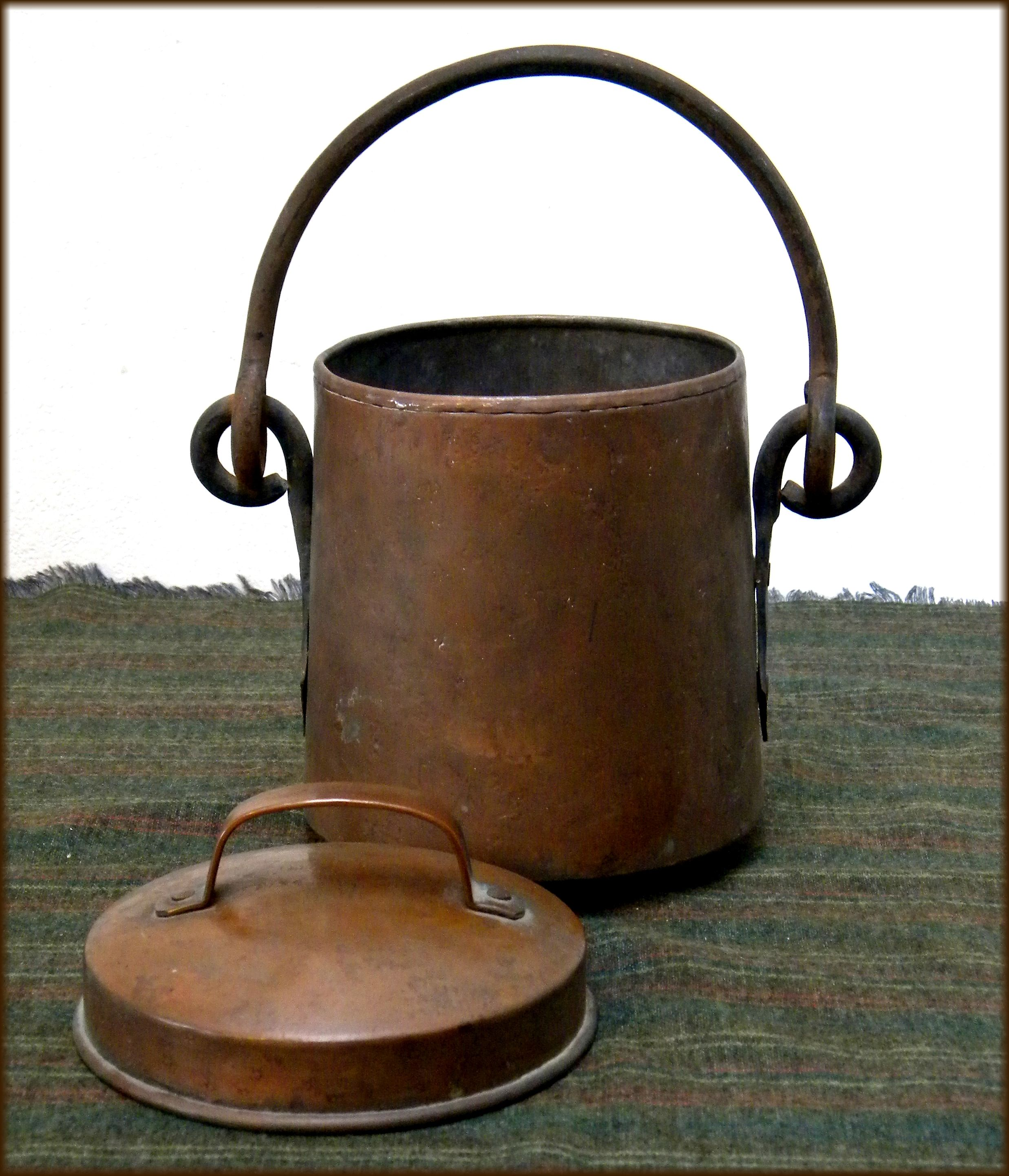 dating copper pots By the 1950s, chocolate pot production died down very few, if any, are still made today, but one can still find virtually any style of chocolate pot online or in auction houses.