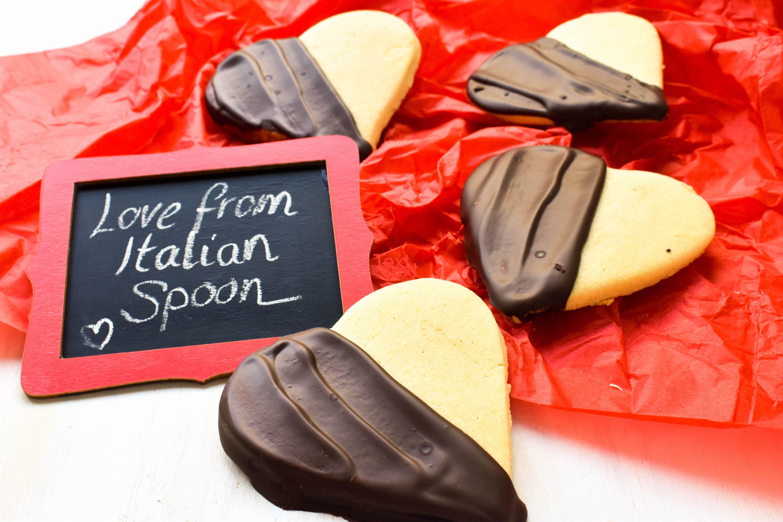 Love Biscuits Recipe In 2020 Italian Biscuits Biscotti Biscuit Recipe