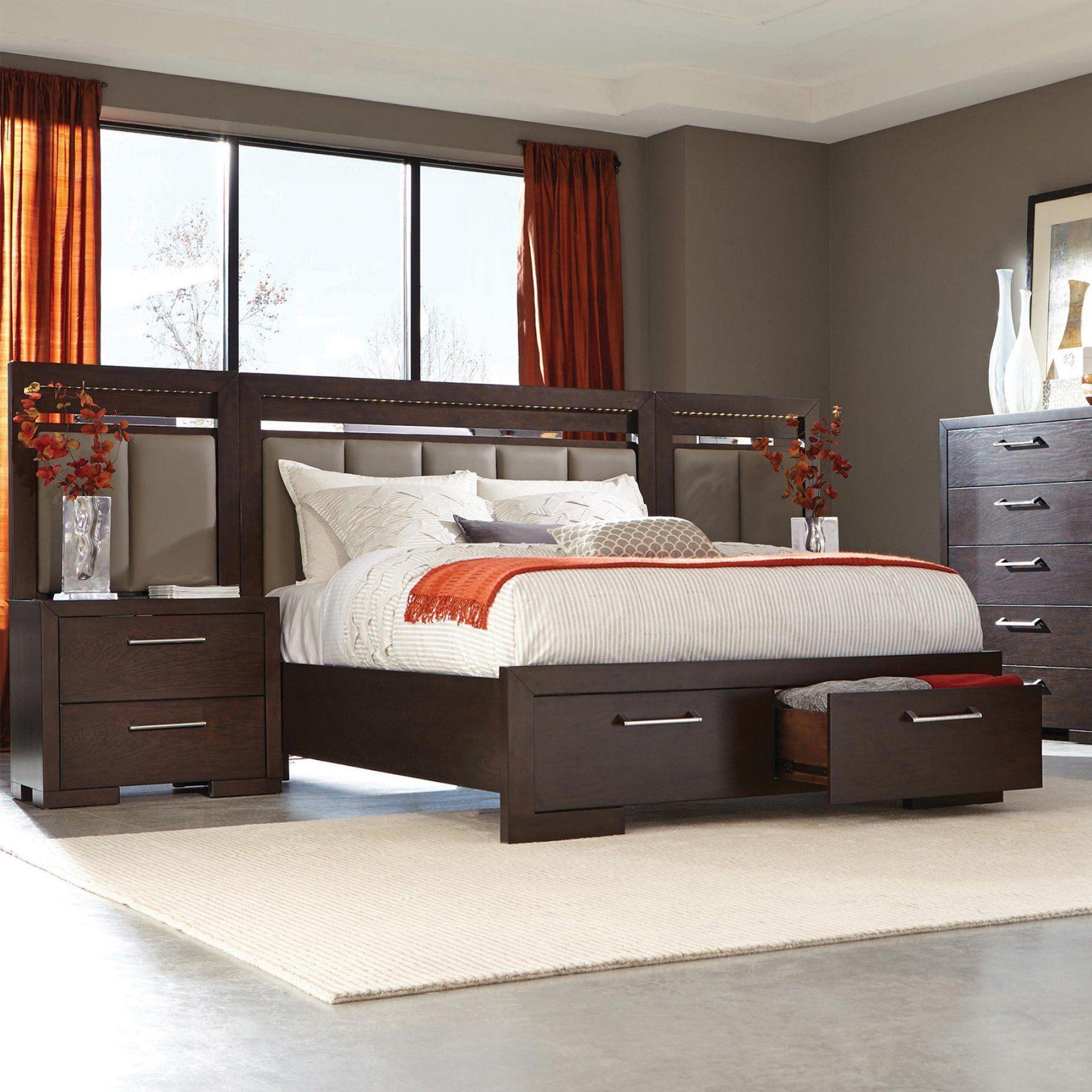Coaster Furniture Berkshire Upholstered Storage Bed and