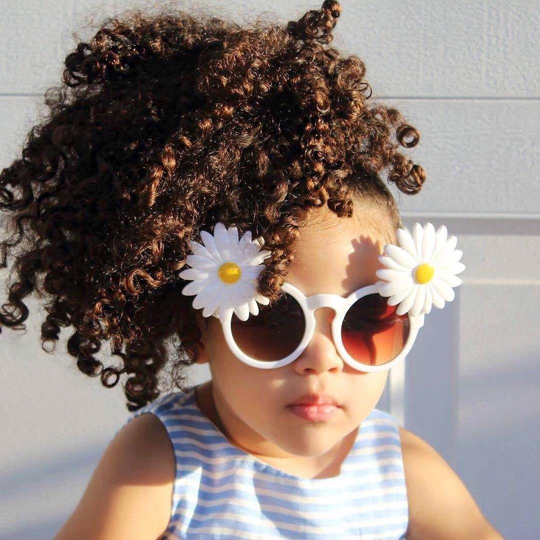 Too cute not to post! Love your curls & sunnies baby! @mshastaleenbailey #curlkit #naturalhair #teamnatural_ #naturalhairdoescare #mynaturalhair #urbanhairpost #luvyourmane #naturalhairmojo #naturalherstory #myhaircrush #naturalhaircommunity #naturalhairdaily #usnaturals #naturalhairstyles #naturallyshesdope #curlswithlove #amazingnaturalhair #trialsntresses #curlsaunaturel #amatusrioz #yoamomipajon #uknaturals #afrolatina #afroboriqua