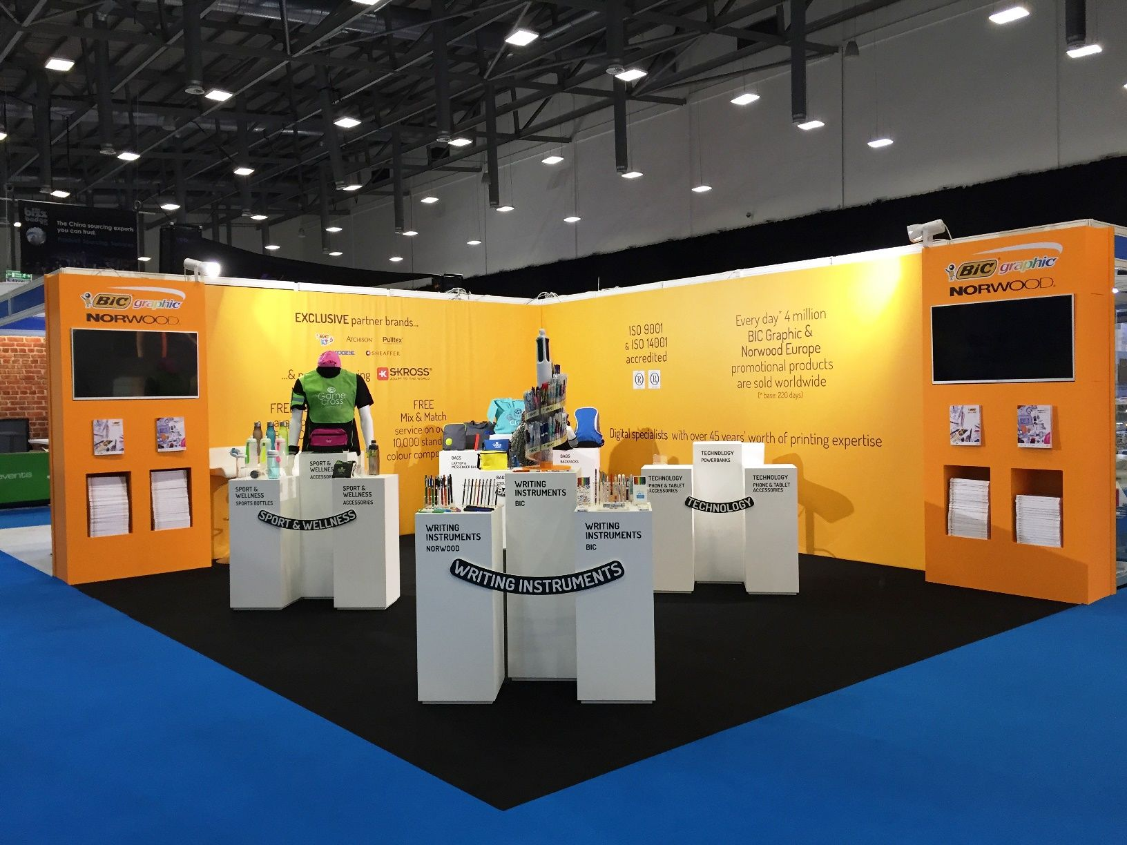 how to build an exhibition stand