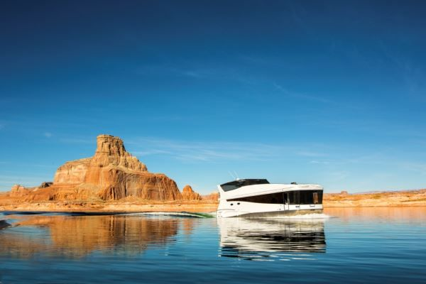 great websites for finding houseboat vacation rentals in any price range