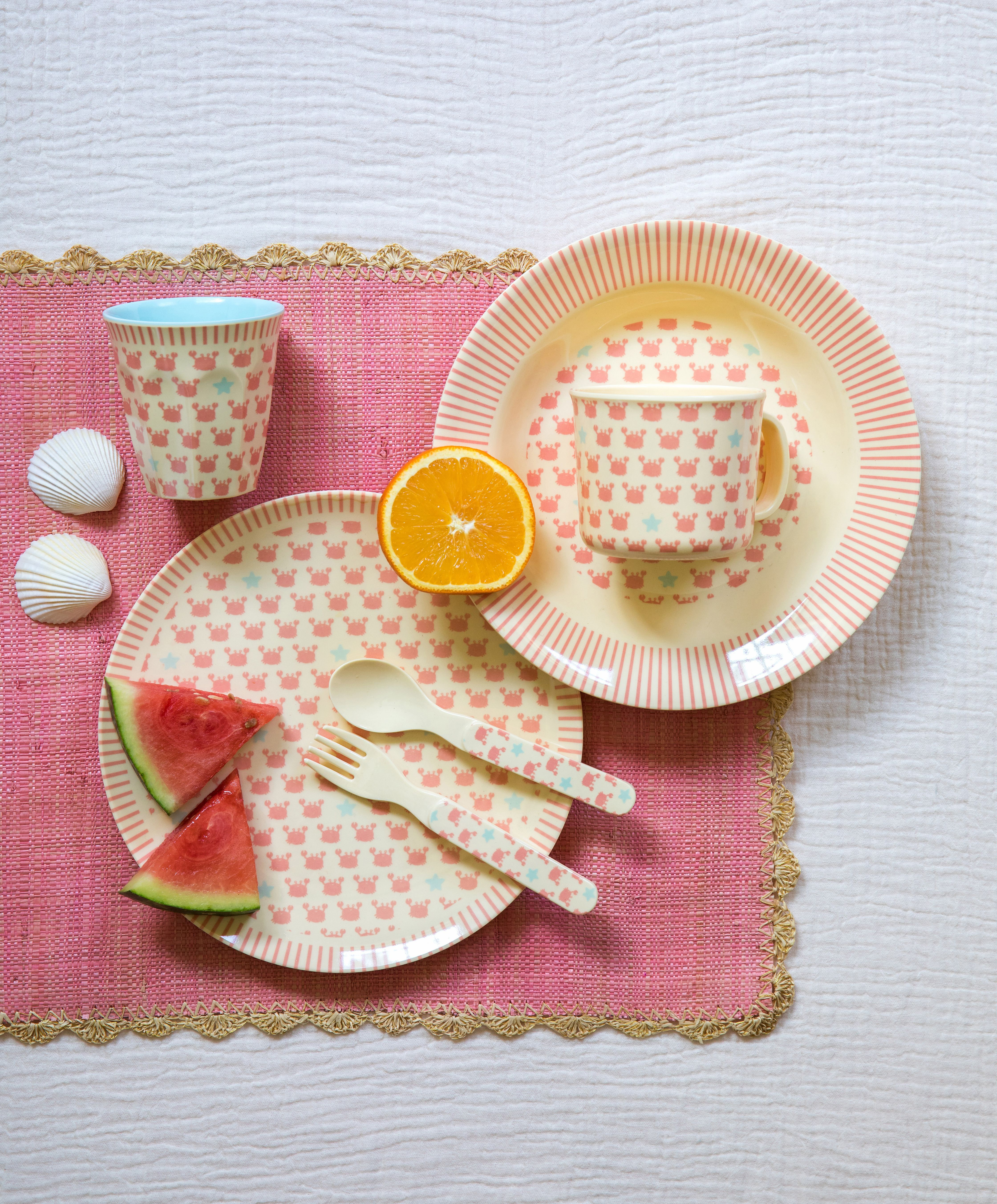 Kids melamine tableware - SS18 Eat Drink Boogie Repeat & Kids melamine tableware - SS18 Eat Drink Boogie Repeat | girl / teen ...