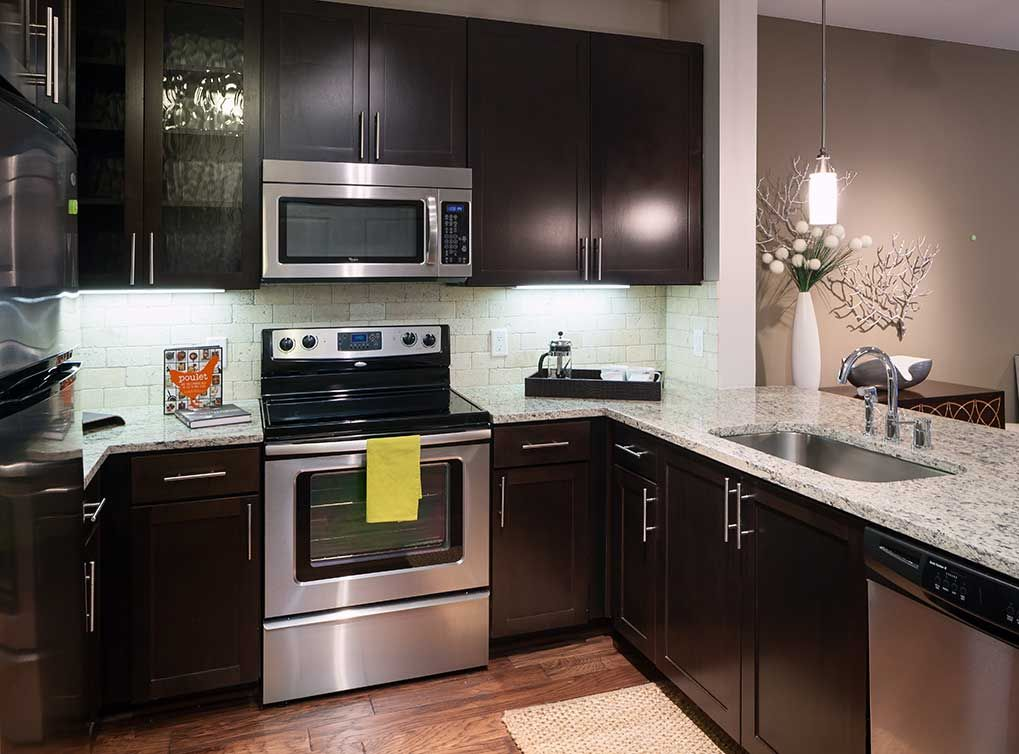 Best Model Kitchen At Amli On Maple Luxury Apartments In 400 x 300