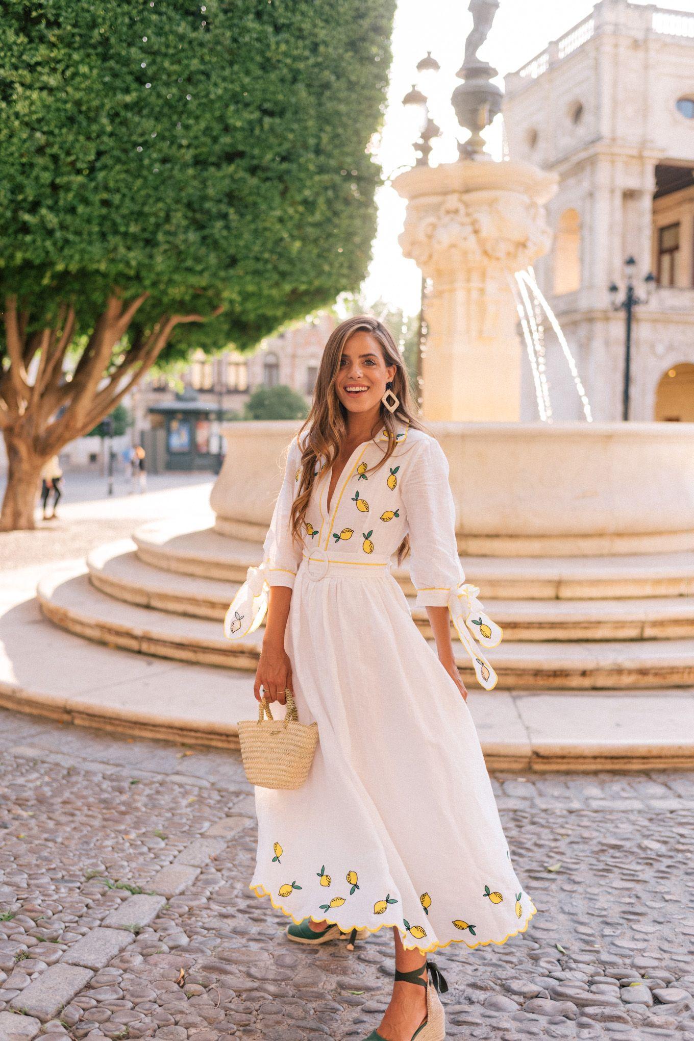 Lemon Print For Dinner In Seville Julia Berolzheimer Spring Outfits Classy Fashion Dresses [ 2040 x 1360 Pixel ]