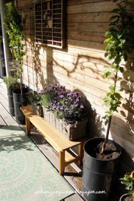 Aprilschnee Frostschaden Gartenbeete Veranda Holzhaus Larche