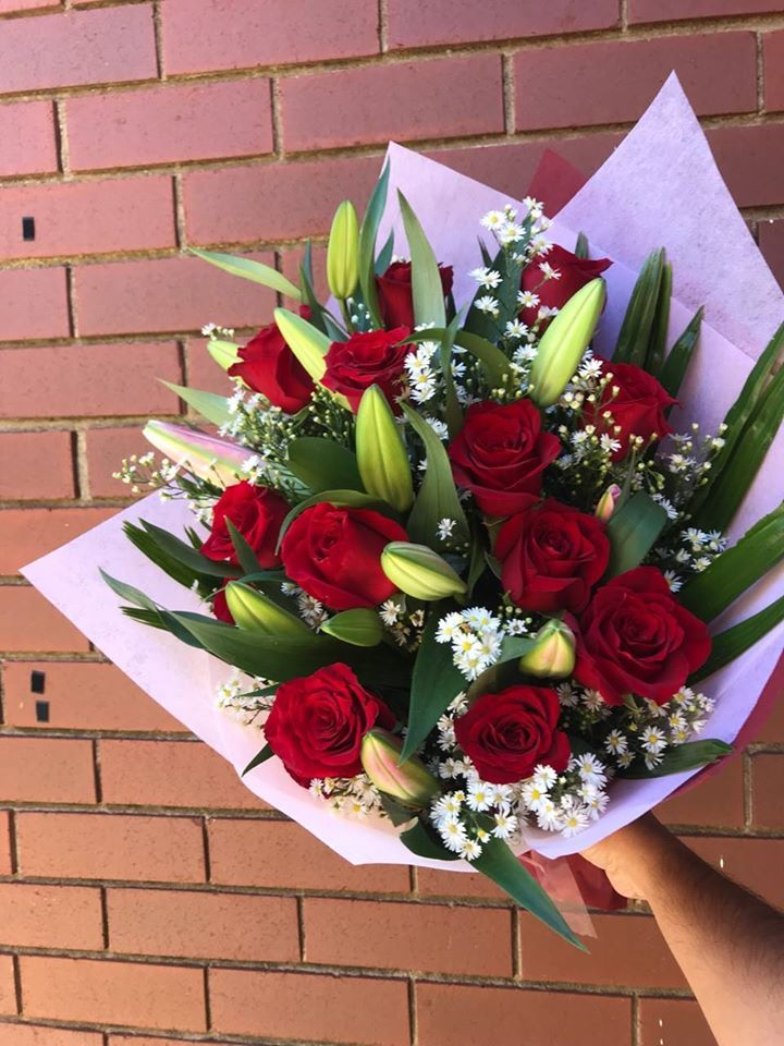 We are starting the evening with bouquet of roses & lilies