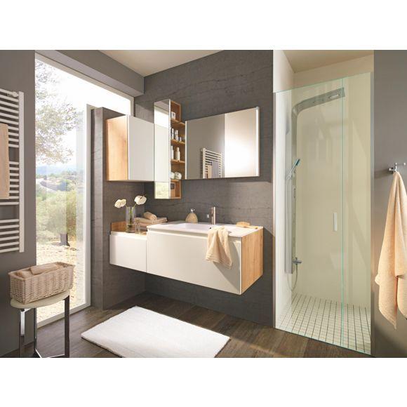 Stilvolles badezimmer von celina haucht verwinkelten for Badezimmer celina