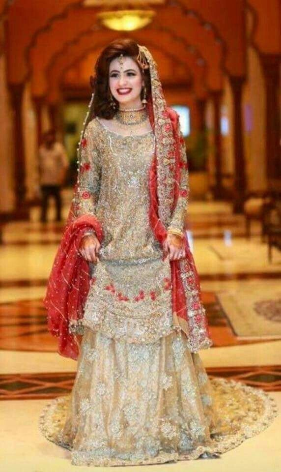 Pin de Suman Zulfiqar en Bridal & Party Wears | Pinterest