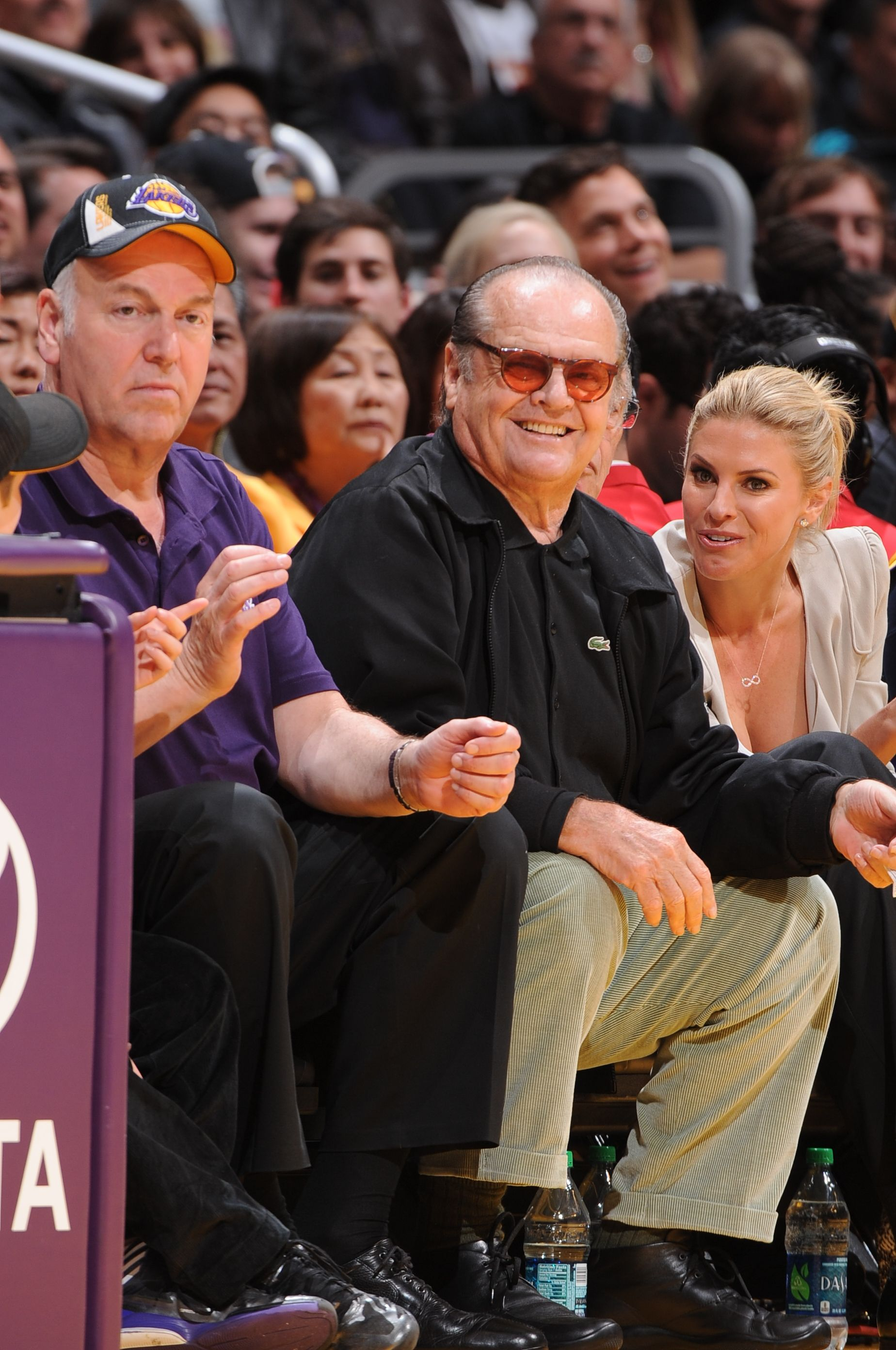 Jack Nicholson Courtside At The Los Angeles Lakers Game Vs The San Antonio Spurs Jack Nicholson Lakers Game Celebrities