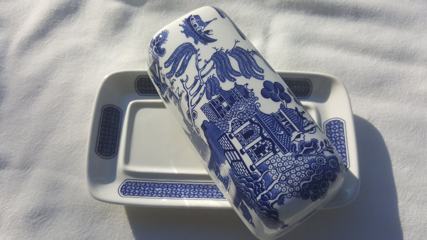 Covered BUTTER DISH white and blue Churchill fine english tableware FREE Shipping by TheRecycledGreenRose & Covered BUTTER DISH white and blue Churchill fine english tableware ...