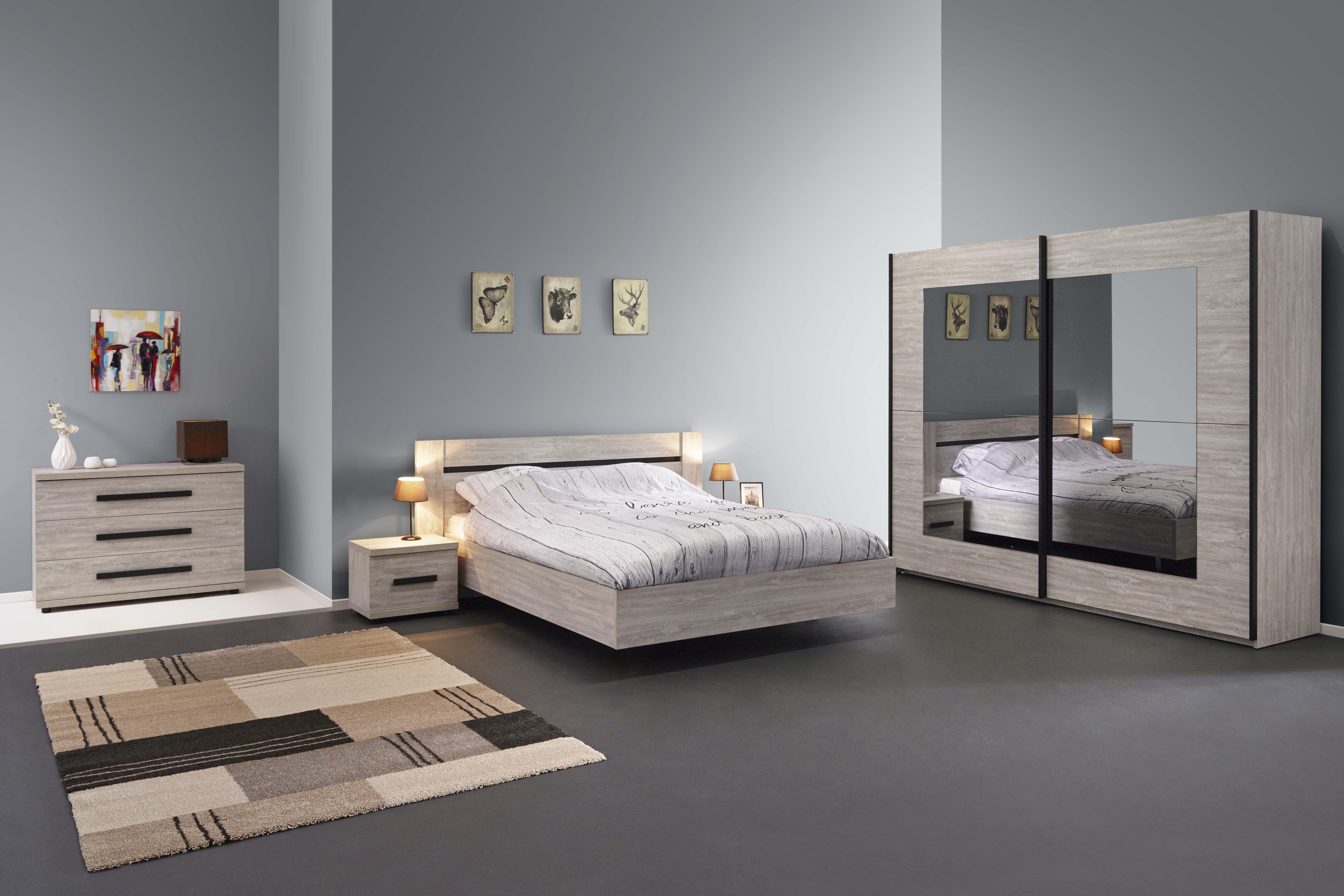 Margot Voici Notre Nouvelle Collection Margot En Decor Imitation Bois Une Splendide Chambre A Coucher Qui Donnera Du Peps A La Pie Furniture Home Decor Bed