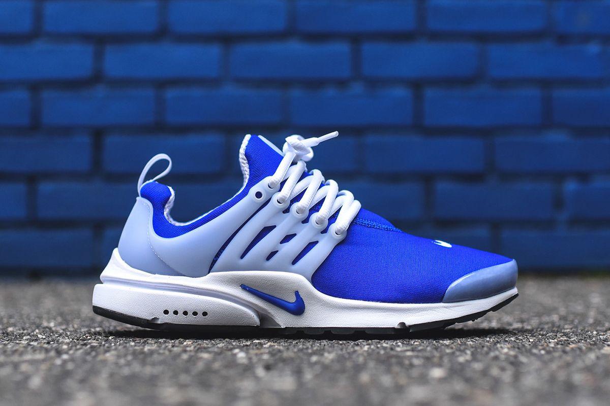 EU Kicks: Sneaker Magazine | Nike shoes