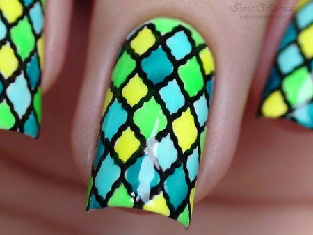 Stunning Colored Plaid Stamping Nails - #plaidnails #nailart #stampingnails #bornprettymua #nails #colorfulnails