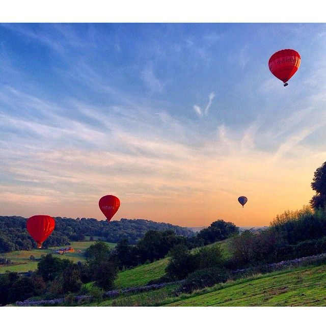 Summer evenings in autumn - balloons above Bath