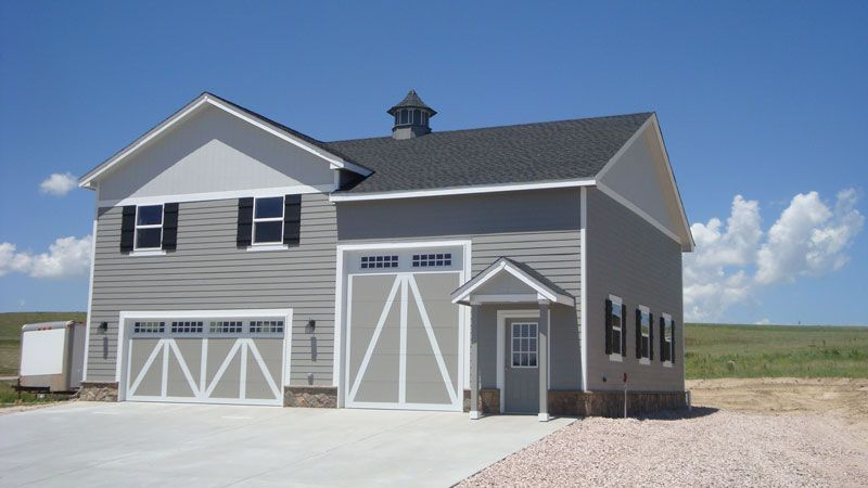 Barns with living quarters garage with living quarters for Pole building with apartment plans