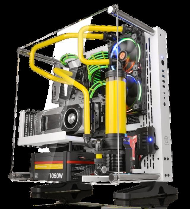 Thermaltake Officially Releases Core P3 Wall Mount Chassis In Snow And Black Editions Custom Pc Computer Case Custom Computer