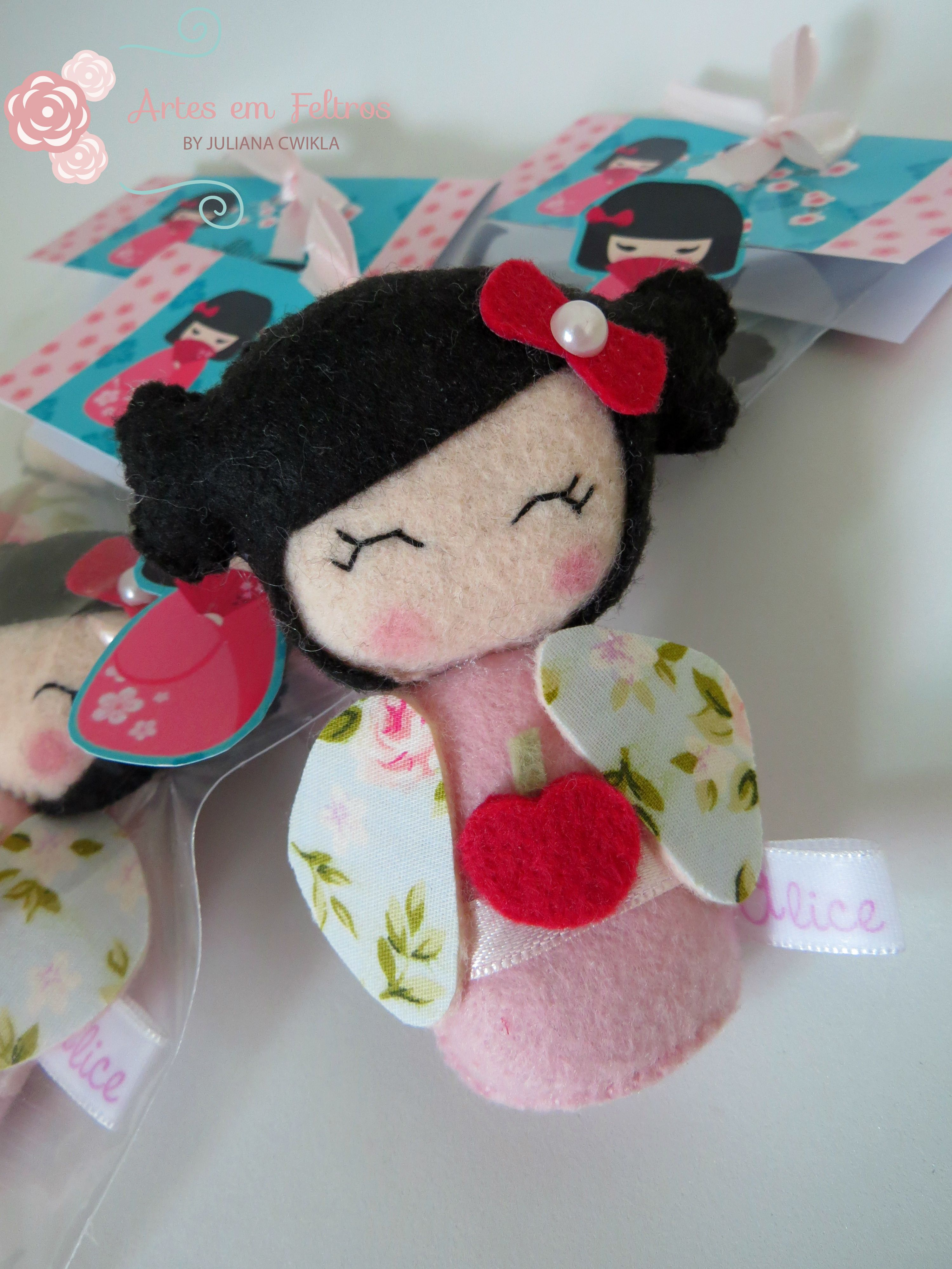 Lembrancinha Boneca Kokeshi kokeshi Pinterest Lembrancinhas, Bonecas e Boneca japonesa