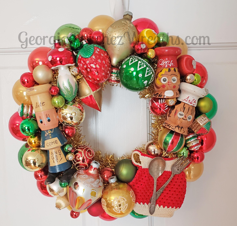 Salt Peppy Chef Style Wreath Georgiapeachez Com Christmas Ornament Wreath Vintage Ornament Wreath Vintage Ornaments