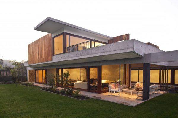 breites modernes haus mischen naturmaterialien | 12- haus (ev-bina ... - Moderne Haus Architektur
