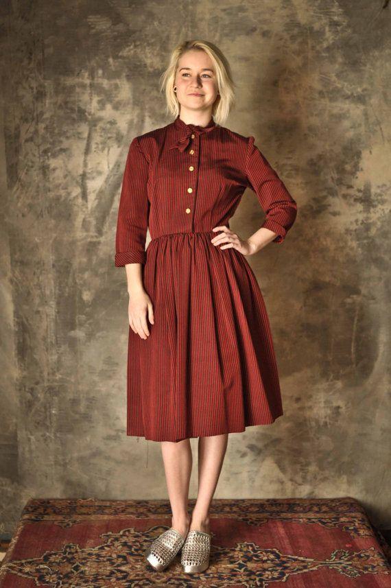1940s red stripe jaunty school