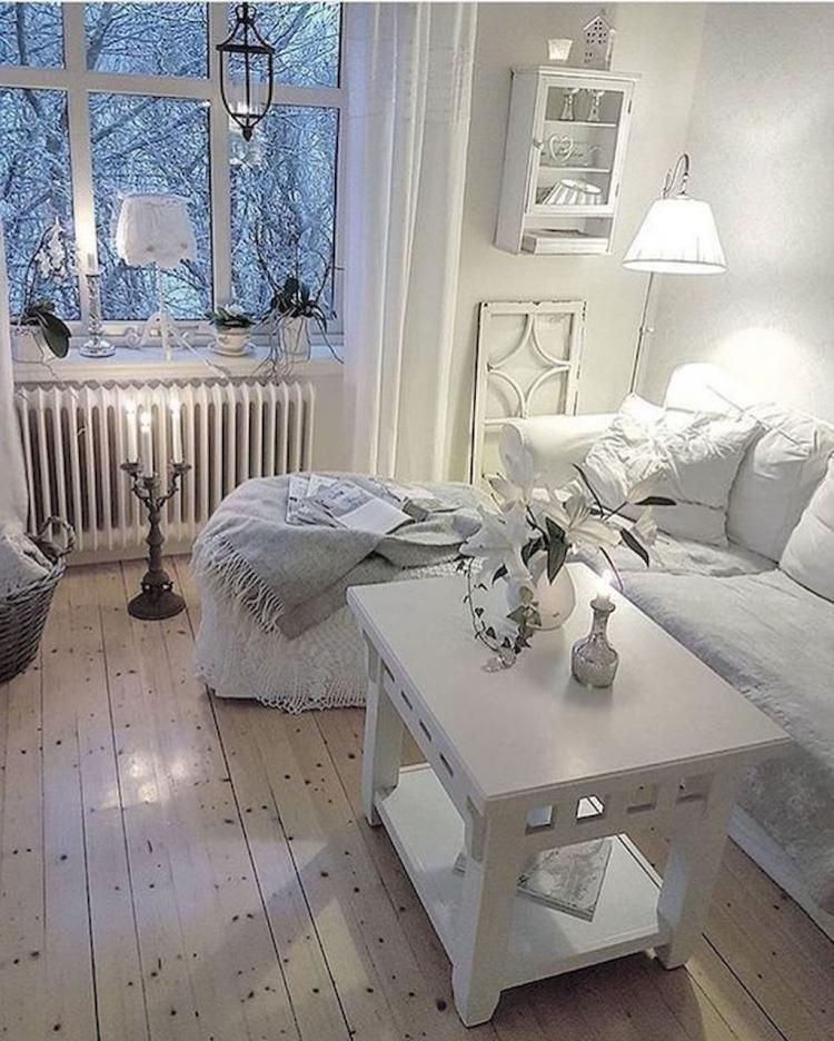 68 beautiful white shabby chic living room decoration. Black Bedroom Furniture Sets. Home Design Ideas