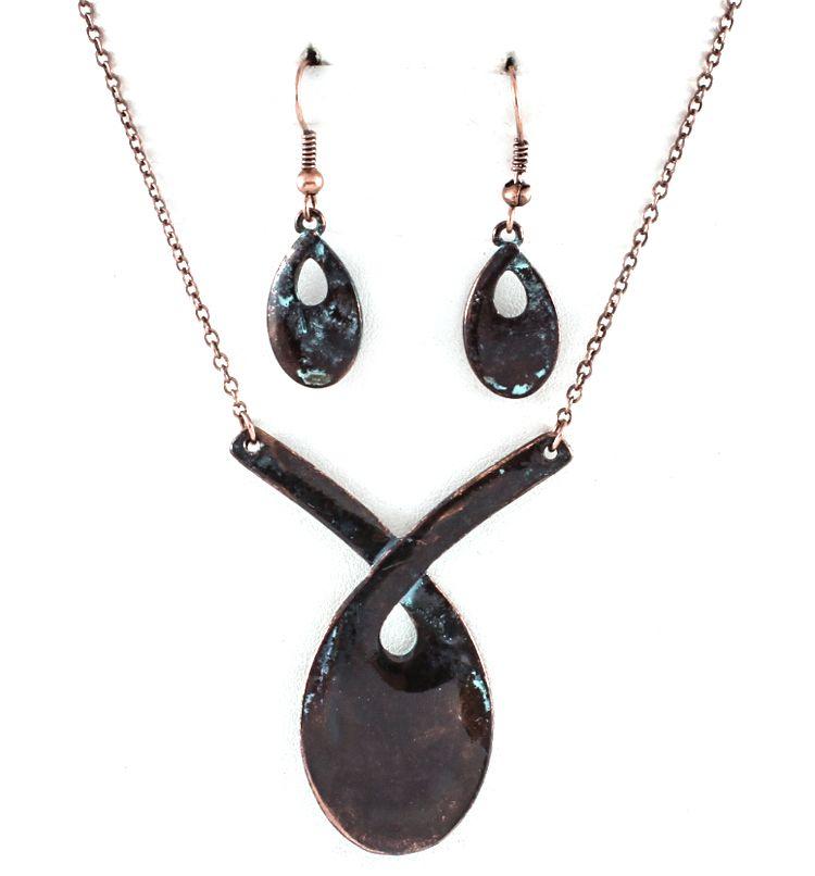 Niva Necklace in Patina on Emma Stine Limited