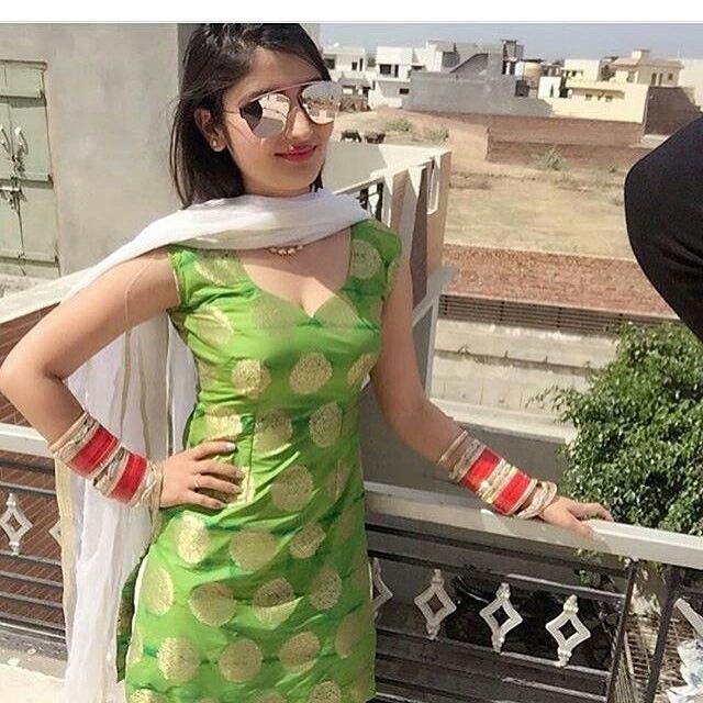 Model Hooker in Shalqar