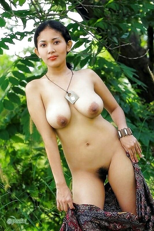 nude-balinese-models