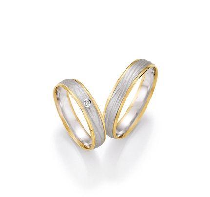 Moderne ringe aus gold